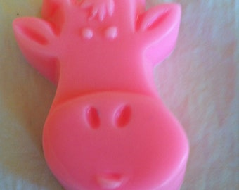 10 Giraffe Soap Party Favors - Birthdays - Holiday Parties- Gifts - Stocking Stuffers