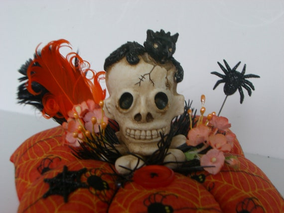 SALE   HALLOWEEN Skull Black Cat  Pincushion Goth Day of the Dead