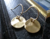 Gold disc Earrings-simple classic coin earrings for everyday