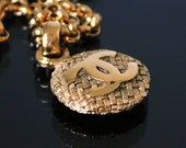 Vintage CHANEL Jewelry Jewellery Gold Logo Necklace Chain Coco Chanel 1980s Bold Chunky Textured Express Shipping