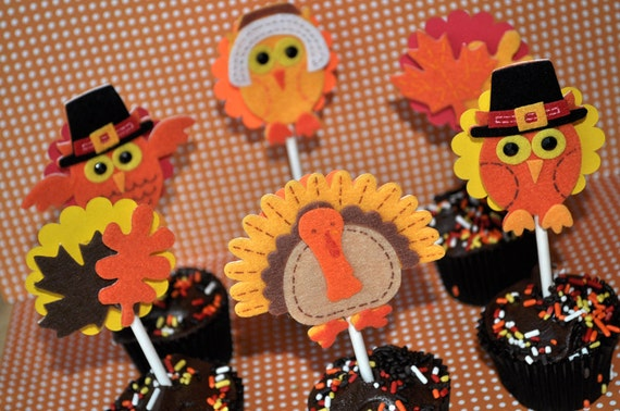 12 Thanksgiving Cupcake Toppers - Thanksgiving Decorations - Autumn or Fall Party Decorations