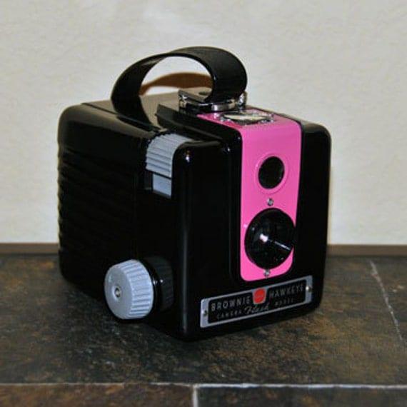 CAMERA, RASPBERRY KODAK Hawkeye Flash Camera, Upcycled & Working Vintage Camera