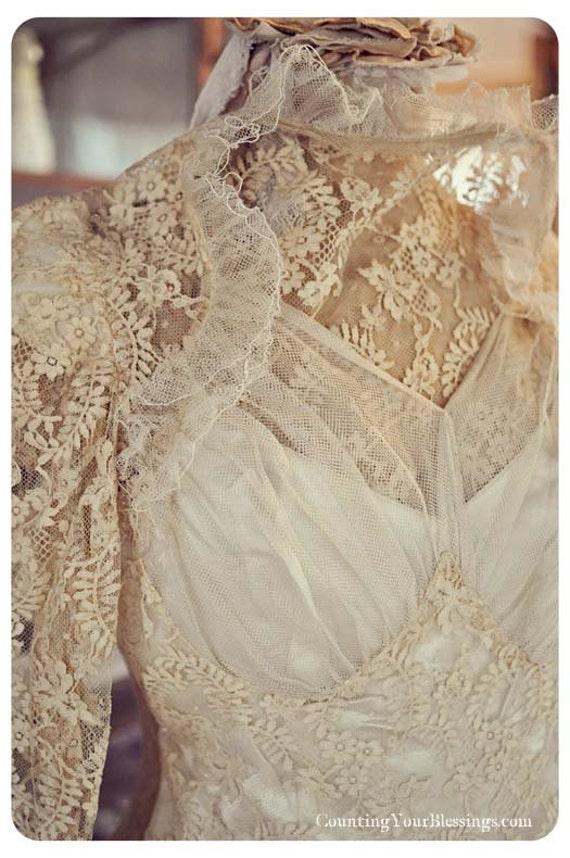 Vintage victorian handmade wedding bridal dress gown long for Vintage victorian wedding dresses
