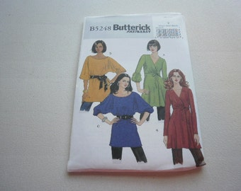 Pattern Ladies Tunics and Belt 4 Styles Sizes 4 to 14 OOP  Butterick 5248
