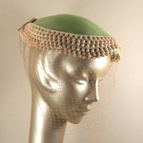 Vintage 1950's Hat with Lace and Netting