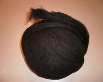 Black Welsh Mountain Wool Rovings 16oz