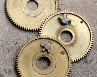 Vintage clock brass gears -- set of 3 -- D9