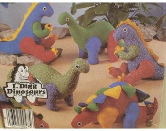 Stuffed Dinosaurs Sewing Pattern, Toys, T Rex, Brontosaurus, Stegosaurus, Pteranoden, Apatosaurus, Vintage 1980s, McCalls No. 2577 UNCUT