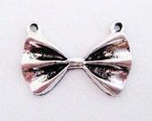 50% OFF 6 Fancy Little Antique Silver Bow Tie Charm Pendants 22mm Wide 15mm Long