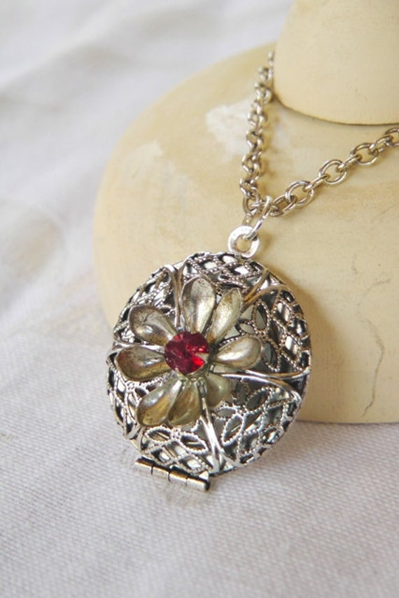 Vintage locket necklace, handmade, one of a kind, fall fashion