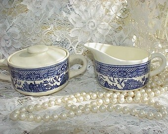Vintage Blue Willow Sugar Bowl and Creamer