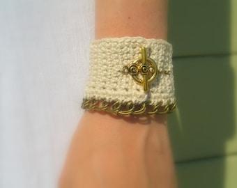 Crochet Cuff Bracelet, Ivory Cotton Crochet Yarn, Brass Toggle Clasp, Brass Chain, Custom Colors