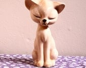 Vintage Ceramic Cat // Kitty Figurine // Kitten Sculpture