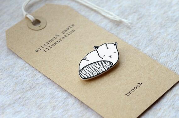 Sleeping cat brooch - by elizabeth pawle - modern design - hand drawn hand cut - illustration pin badge