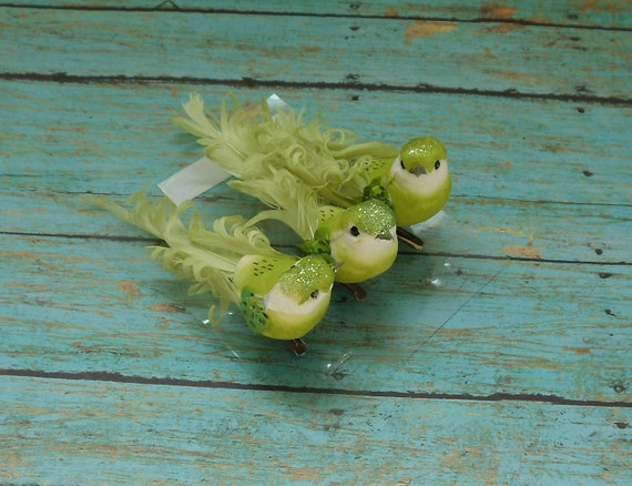 THREE Artificial Decorative GREEN Birds on Clips - Craft Embellishment - Home Decor
