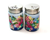 SALE - Salt and pepper shakers, glass decorated with Polymer clay flowers