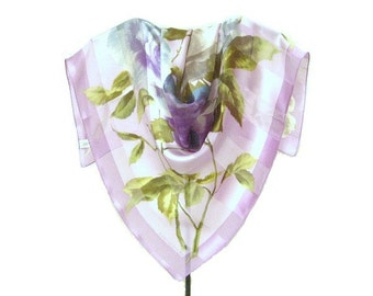 Jones NY Designer Silk Scarf, 27 in. sqr., Exquisite Lavender and Grey Green Roses on Lavender Ribbon Silk, Excellent Condition