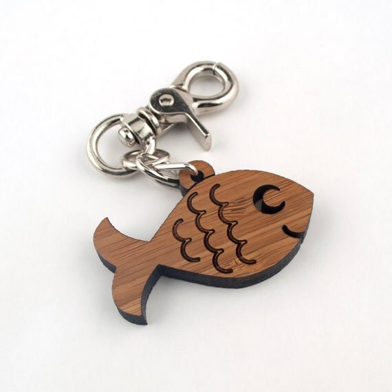 Wood Ocean Fish Purse Charm Bamboo Key Chain Zipper Pull Fob