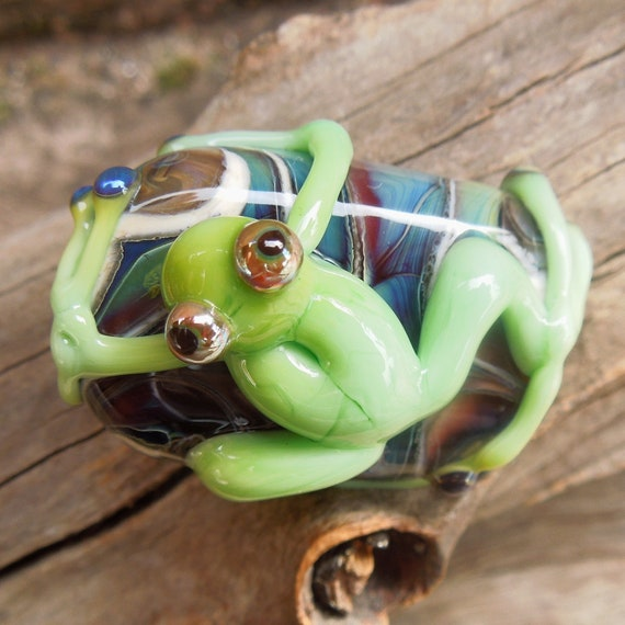 Handmade Lampwork Glass Frog Bead.  Silver glass. Gorgeous colours and shimmer  Australian Made SRA