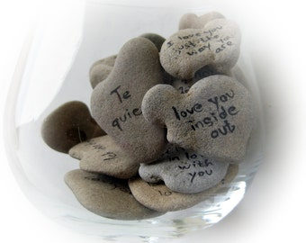 Unique Wedding Guest Book, Beach Rocks Message, Heart Shaped Rocks, Natural Heart Stones, Unique Ideas For Wedding, Wedding Guest Names Seat