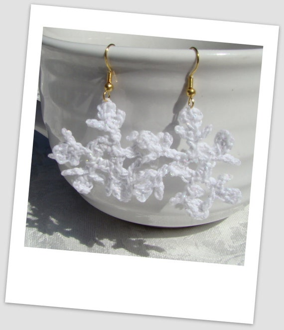Crocheted white sparkle snowflake earrings