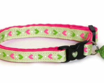 Heart Cat Collar - Pink Hearts on Green - Small Cat / Kitten Size or Large Size Collar