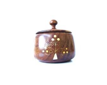 Vintage  Wooden Box Inlaid Jewelry Box Round