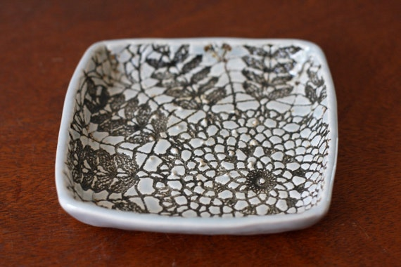 RESERVED LISTING for CHELSIE - Garlic and Oil Plate - Lace Garlic Dish