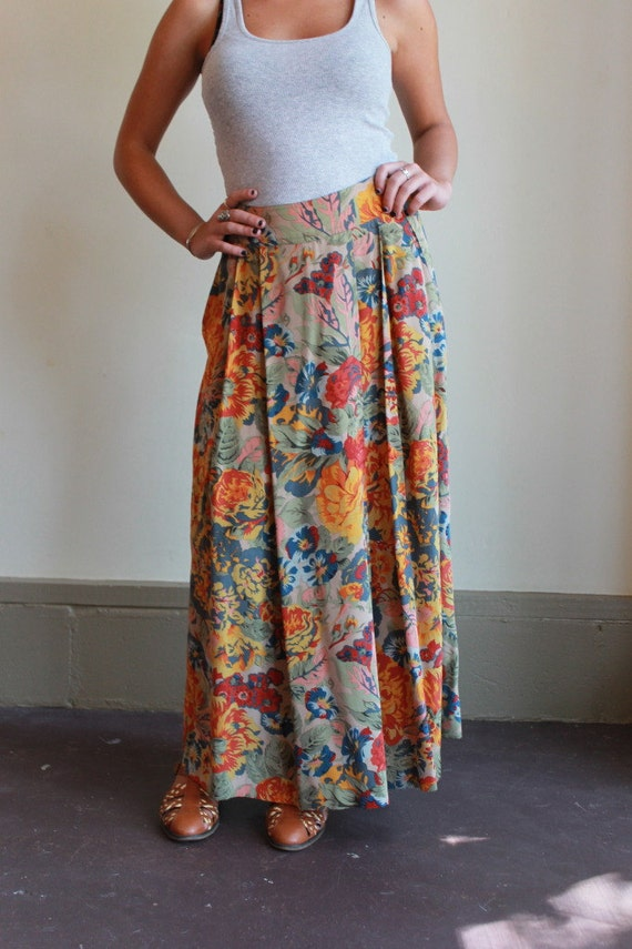 Silk Maxi Skirt  /  Floral Print Maxi Skirt  /  Vintage 90s  /  Small or Medium