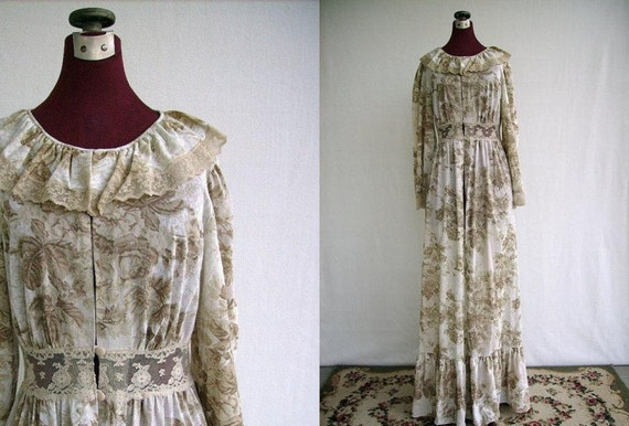 Vintage 60s Robe Victorian Hippie Boho Feminine Small Brown Nylon Toile Print