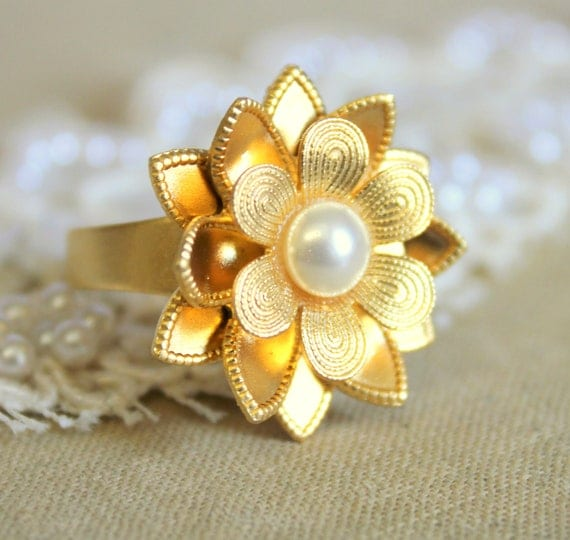 Gold flower ring -  adjustable victorian shabby chic style ring 18 k gold plated matte finish