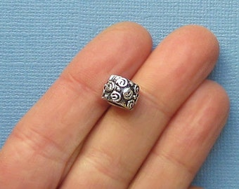 4 Beads Antique Silver Tone Perfect for European Style Bracelets or Spacer Bead - P2021