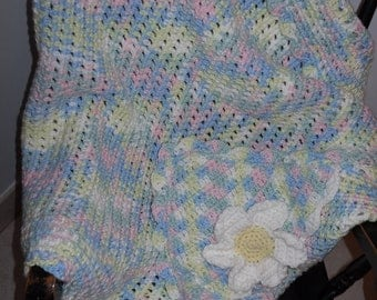 Baby Blanket Crocheted Daisy Hooded