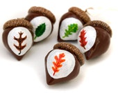 One Oak leaf acorn ornament - red oak, white oak, black oak, bur oak, swamp oak, your choice - Hand painted on a clay acorn with a real cap.