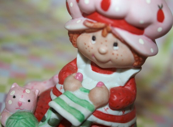 Strawberry Shortcake Porcelain  Knitting Figurine