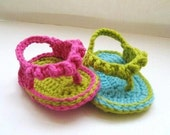 Crochet Sandals Pattern for Baby ,  Baby Flip Flops or Thongs for Girls, Crochet Pattern in 4 sizes( pdf pattern for sale)