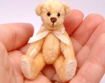 Miniature Artist Bear, Yellow, 6cm - 2 3/8 inches by VonneBears
