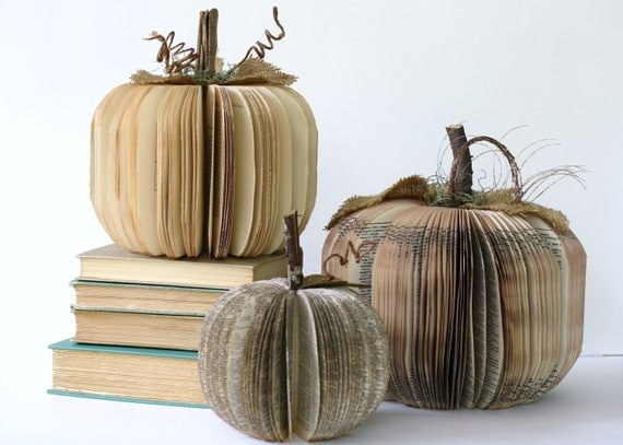 Set of 3 vintage book PUMPKINS/ /// Small Medium and Large HALLOWEEN