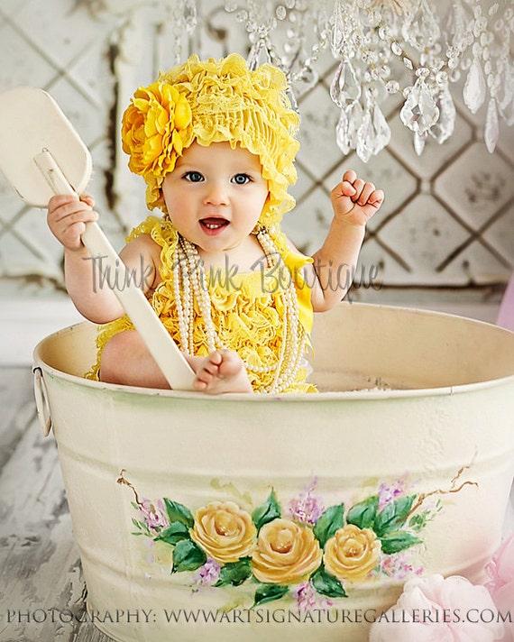 Yellow Lace Petti Hat