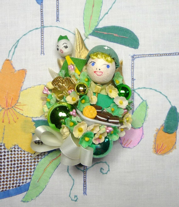 Vintage Girl Scouts Corsage Trefoil Pin Cookies Spun Cotton Gift Decoration Green