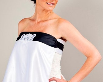 Lexi - Elegant strapless bridal gown bib with black ribbon and beaded applique