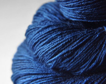 Ground sapphire - BFL Sock Yarn Superwash