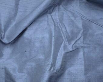 Silk dupioni in  Grey - Fat Quarter - D 58