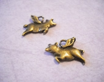 Flying Pig Charms-Pig Charms-Antiqued Bronze-Pig-25pcs When Pigs Fly Double Sided