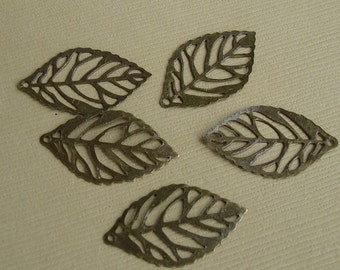 20pcs-Pendant, Leaf, Antique Bronze (25x15)mm.