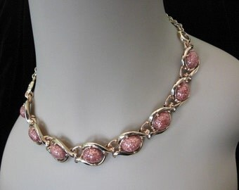 Vintage Thermoset Jewelry - Pink Glitter Thermoset Necklace