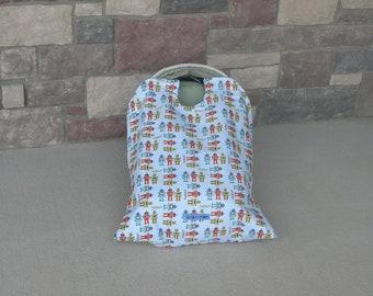 car seat blanket, car seat cover, Robot Snug L Bee, infant carrier blanket, baby carrier blanket, travel blanket, winter travel, baby gift