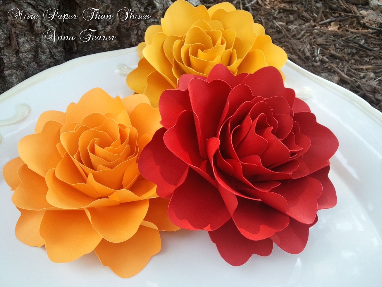 Paper flowers wedding decorations x large handmade roses for Flower decoration made of paper