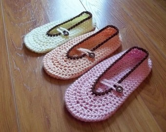 Button Me Up Ladies Slippers Crochet Pattern - Instant Download