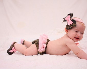 Baby girl camo Realtree gift set, diaper cover, shoes, hair bow